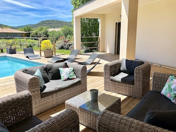 Villa South Ardeche High Standing South Private Heated Pool