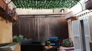 Mini-bar avec articles gratuits, Wi-Fi gratuit, draps fournis