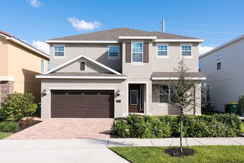 Reunion Kings Landing 6 Bedroom Home with Private Pool and Spa