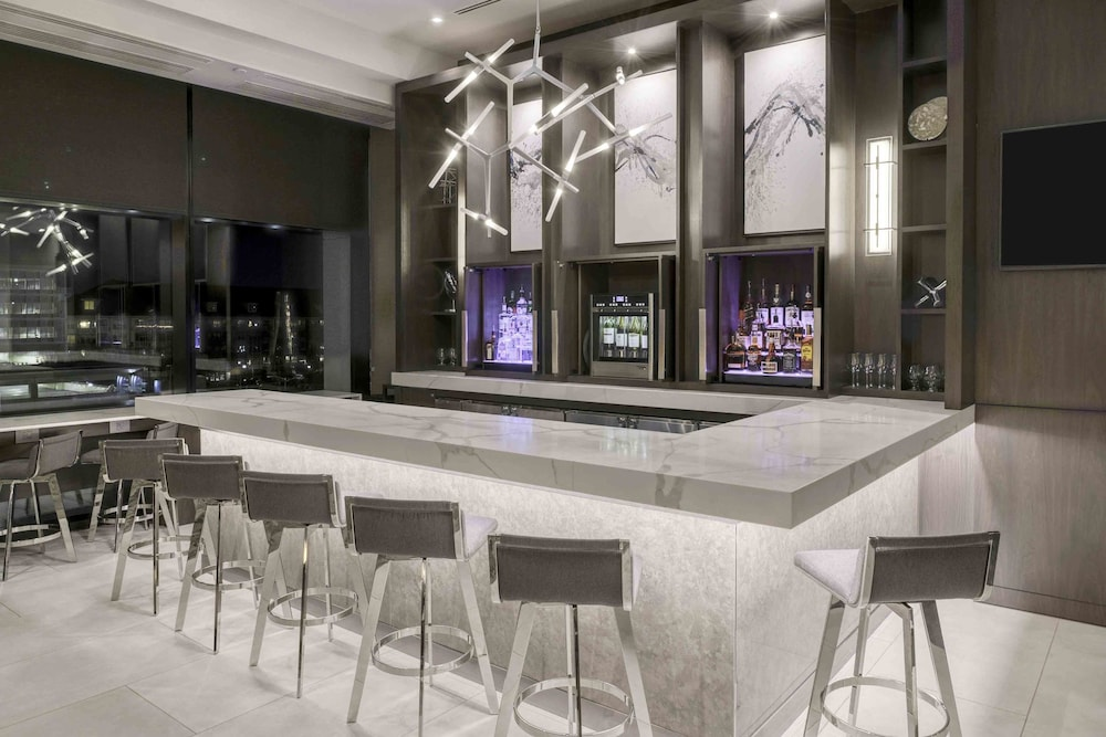 Bar, Residence Inn by Marriott Weehawken