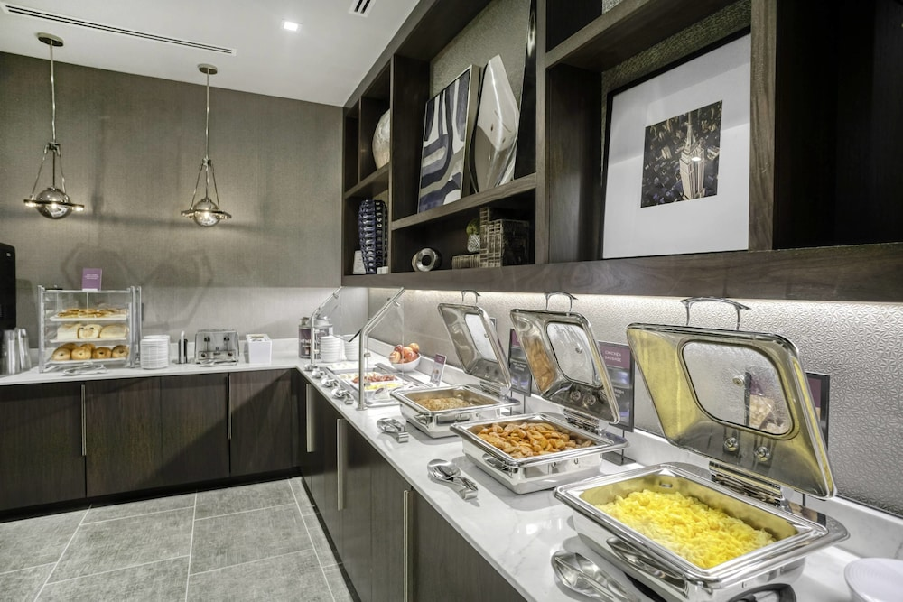 Breakfast buffet, Residence Inn by Marriott Weehawken