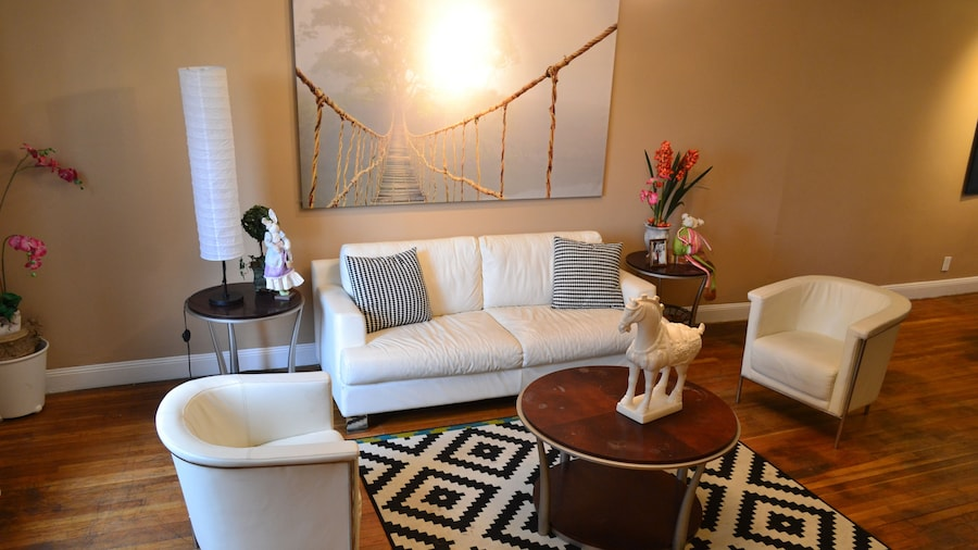 NYC 10 Mins, 6 Luxury Affordable Multi Bedroom Apartments