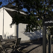 SANDOWN HOUSE B&B