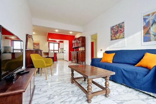 Rent In Rome - Appartamento Rainbow Eur