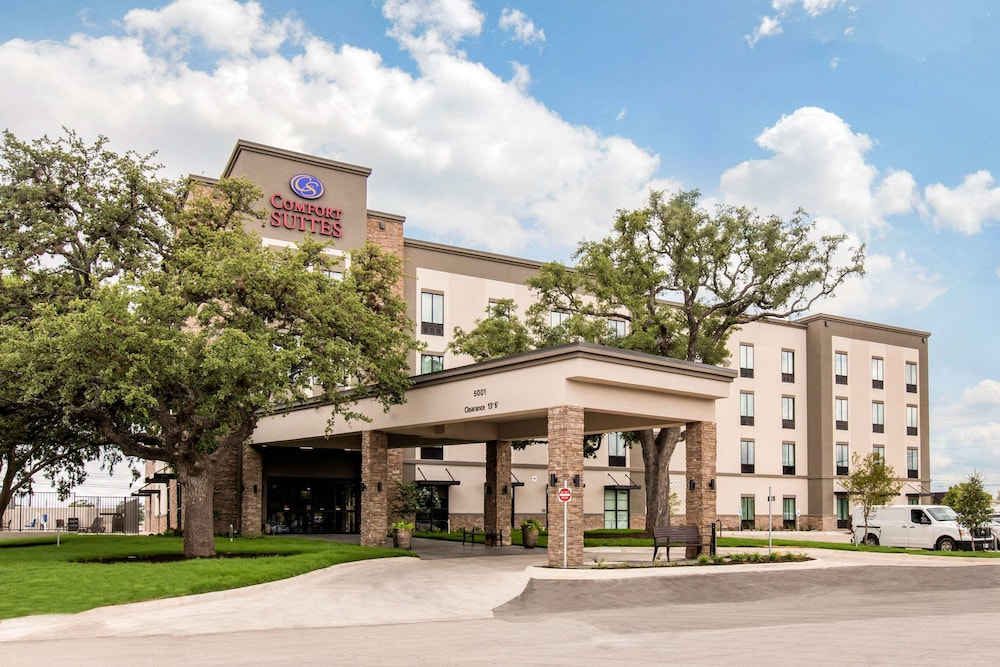 Tremendous Comfort Suites South Austin Austin 2019 Hotel Prices Theyellowbook Wood Chair Design Ideas Theyellowbookinfo