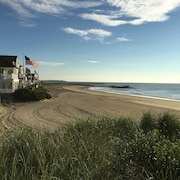 Beachfront Oasis, Seabrook, NH - One Step to the Beach!