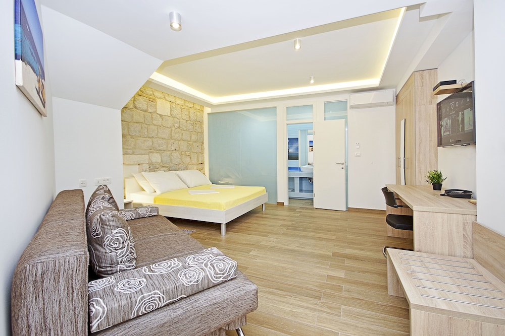 Apartment In The Center Of Old Town Split