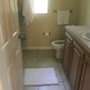 Central Florida Location 1 1/2 Hours to Orlando, Tampa, Daytona, St. Augustine