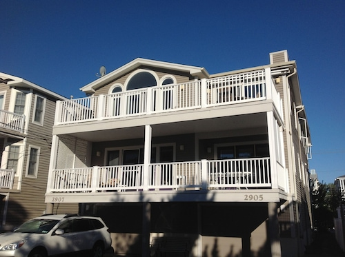 Recently Renovated 2nd Fl Home, Steps To Beach
