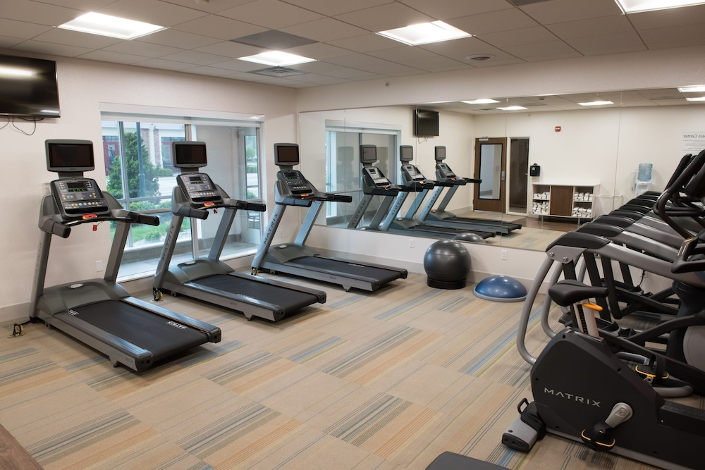 Fitness Facility, Holiday Inn Express & Suites Merrillville