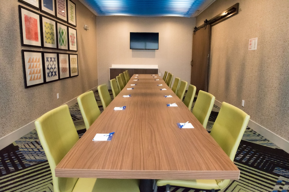 Meeting Facility, Holiday Inn Express & Suites Merrillville