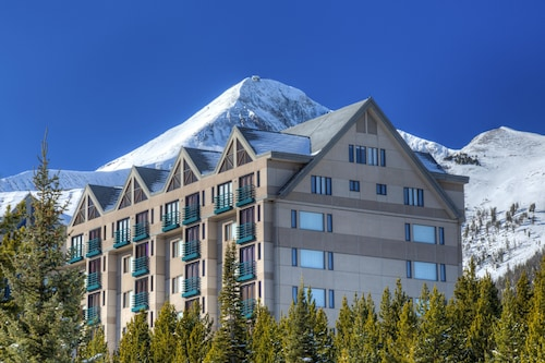 Lovely Big Sky Resort Penthouse! Ski-in/ski-out, Heated Pool, Spa, Fireplace