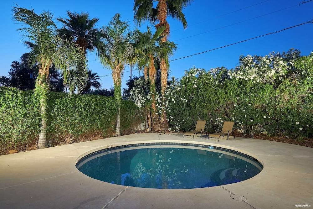 Fun House In Old Town Scottsdale With Pool, Bikes, Bbq, And Awesome Backyard!:  2018 Room Prices , Deals U0026 Reviews   Expedia