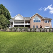 #1 Rated Lake House on Main Channel With Deep Water and Incredible Views