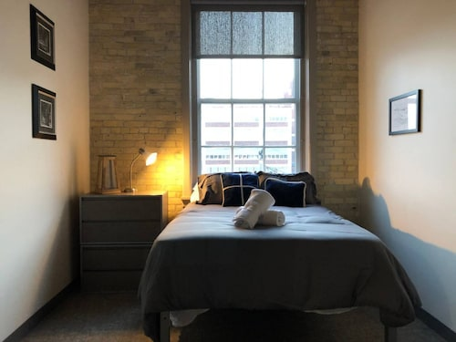 Great Place to stay Modern Industrial 2BR in Old PBR Plant near Milwaukee