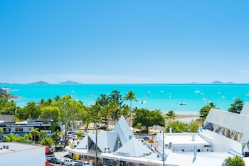 Airlie Beach Holidays 2019 | NEW DEALS | Cheap Airlie Beach