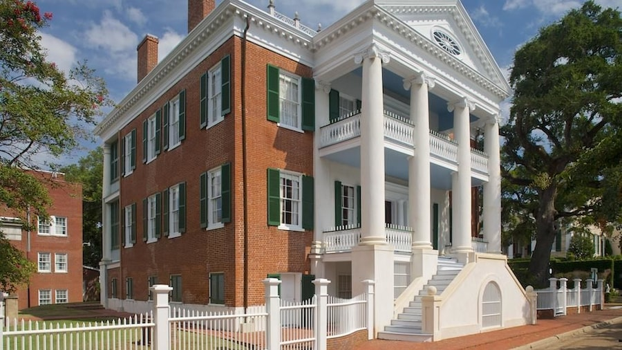 Choctaw Hall Bed and Breakfast