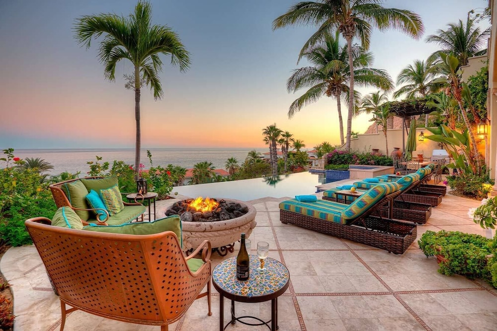 La Terraza Chic Oceanfront 4br Palmilla Infinity Pool Views