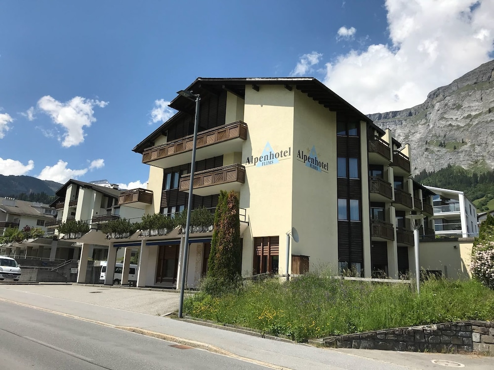 Front of Property, T3 Alpenhotel Flims