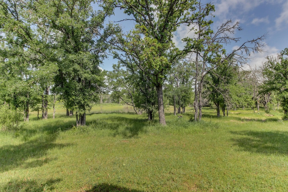 Property Grounds, Messina Hof Hill Country