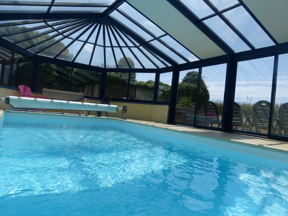 Character House Indoor Swimming Pool At 28 Infrared Sauna Jacouzi Spa In Plourin Hotel Rates Reviews On Orbitz