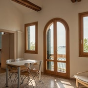 Ca 'nicoletto, Apartment on the Lido With a Splendid View Over the Lagoon