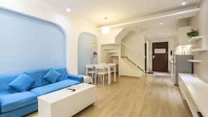 2 間臥室、書桌、窗簾、免費 Wi-Fi