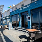The Strand Seafood Bistro and Guesthouse