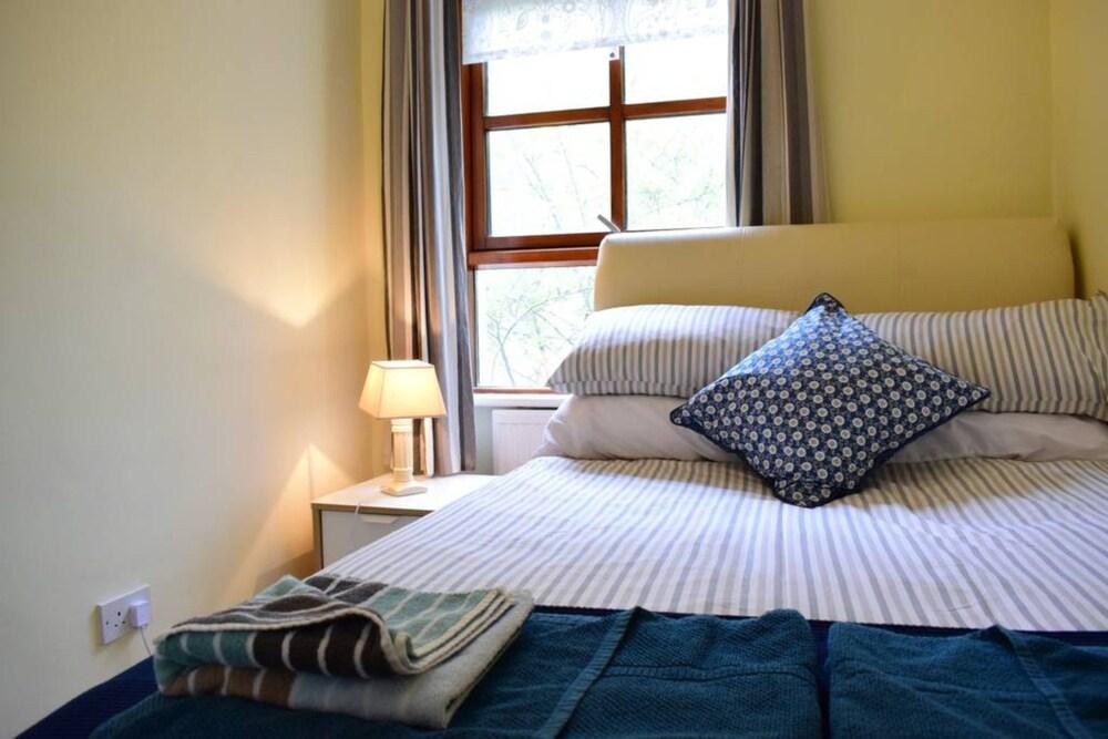 Property Grounds Guestroom Guestroom