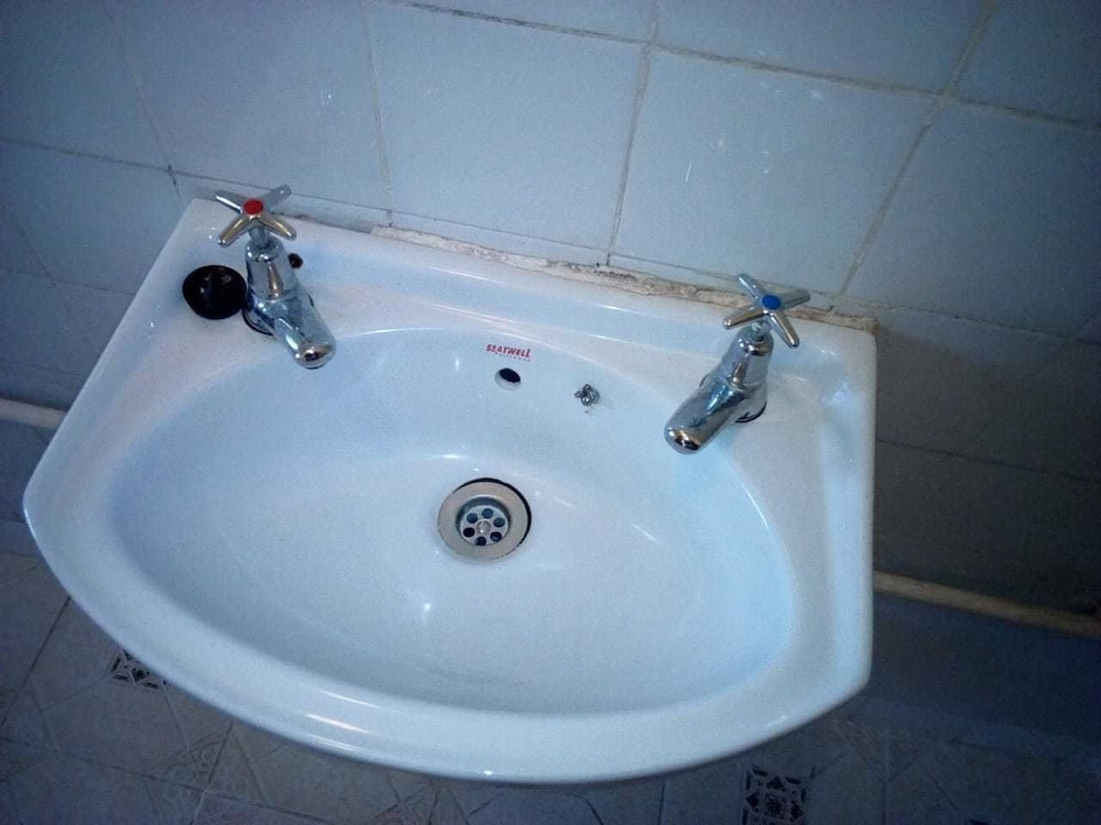Bathroom Sink, Joskaki Hotel