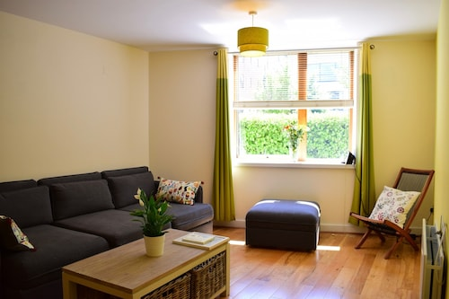 Kilmainham Square 2 Bedroom Flat
