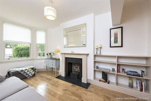2 Bedroom House In Dublin 4