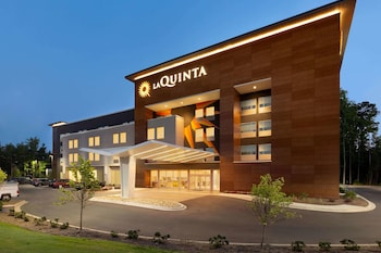 La Quinta Inn & Suites by Wyndham Rock Hill