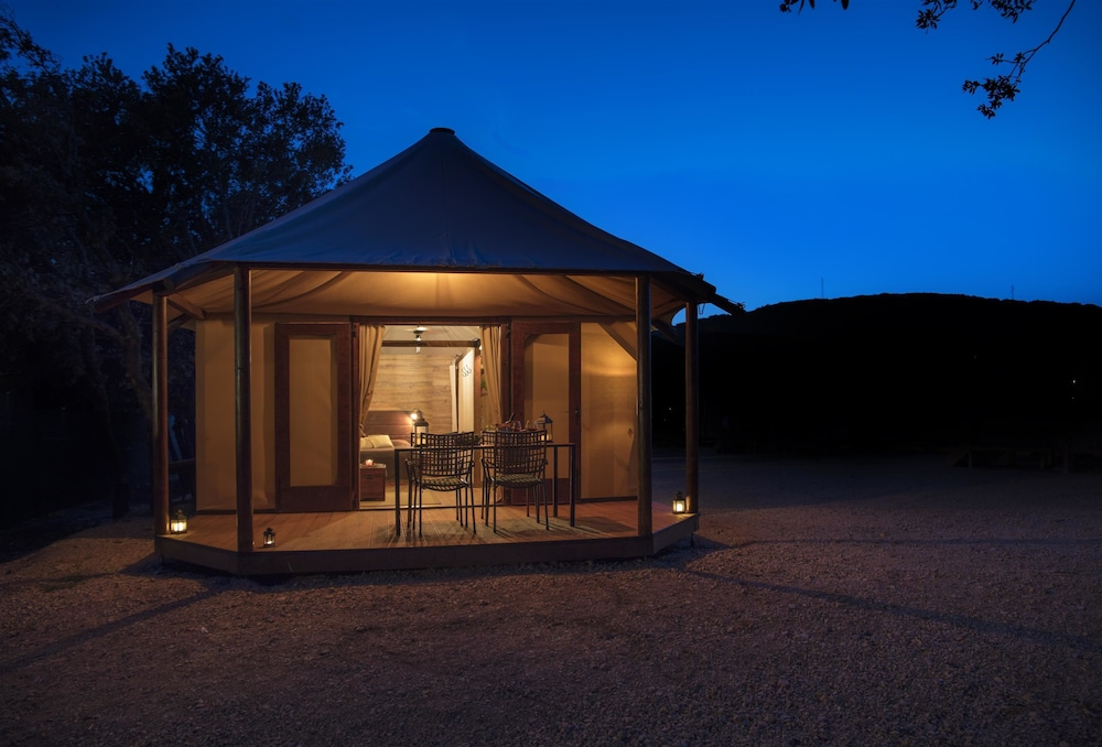 Exterior Featured Image Guestroom ... & Glamping tents Mediteran kamp Navis (Novalja HRV) | Expedia.com.au