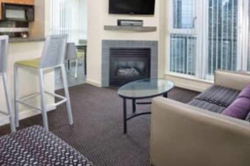Great Place to stay Two-Bedrooms Hotel Suite near Vancouver