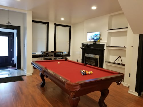 Great Place to stay Glorious 5 BR & 3 BTH With Complimentary Wine Near Philadelphia near Camden