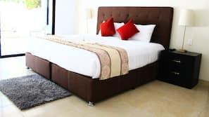 1 dormitorio, escritorio, wifi gratis y ropa de cama