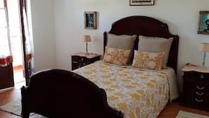 4 chambres, lits bébé, accès Internet