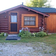 Crooked Lake Waterfront Log Cabin