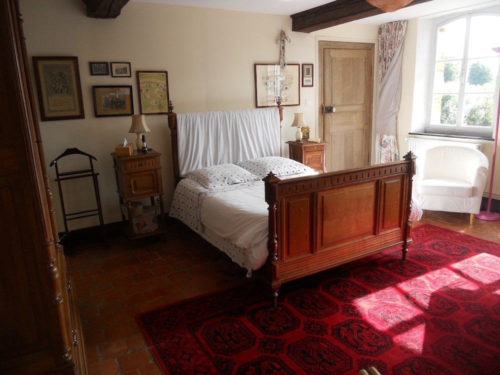 Room, FERME DE GUERSIGNIES