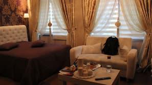 Hochwertige Bettwaren, Verdunkelungsvorhänge, schallisolierte Zimmer