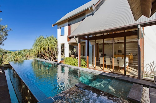 Kingscliff Balinese Beachfront Retreat