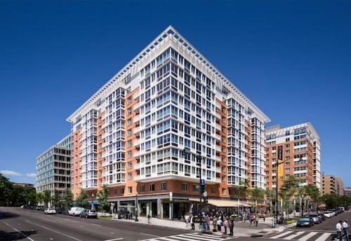 華盛頓廣場藍鳥公寓式酒店