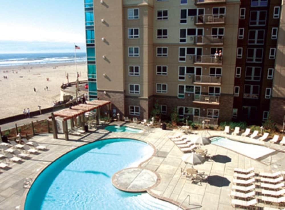 2 Bedroom Luxury Condo Beachfront The Resort@seaside