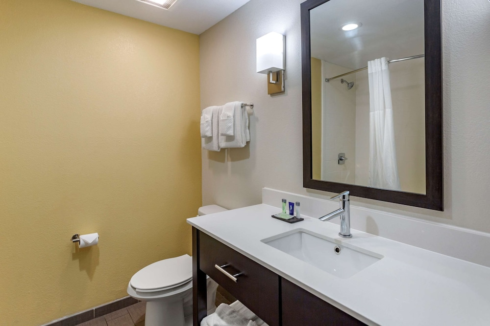 Bathroom, Sleep Inn & Suites