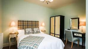 Egyptian cotton sheets, premium bedding, pillow-top beds, free WiFi