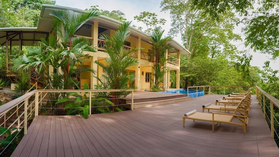 Monos Locos - Portasol Vacation Rental