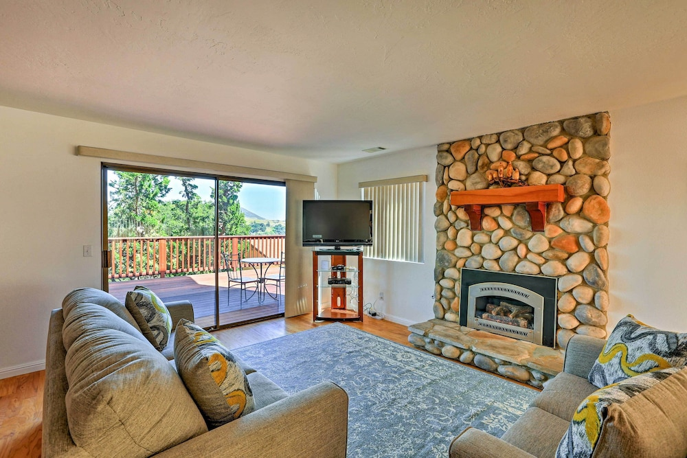 Living Room, Quiet Arroyo Grande Home W/patio, Steps to Village