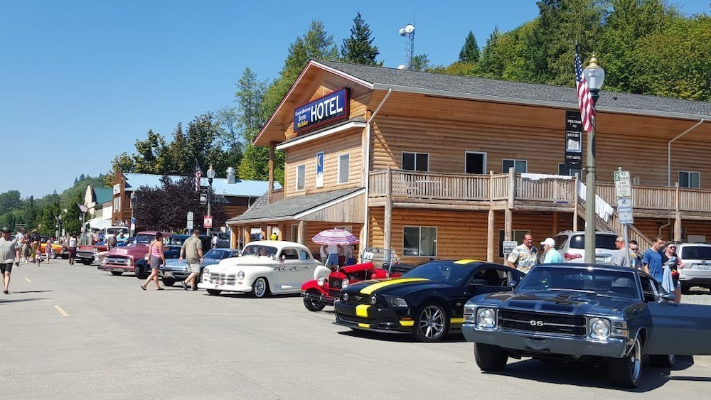 Featured Image, Mt. Baker Hotel