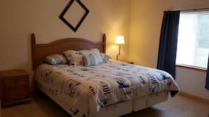 Minibar, cribs/infant beds, rollaway beds, free WiFi
